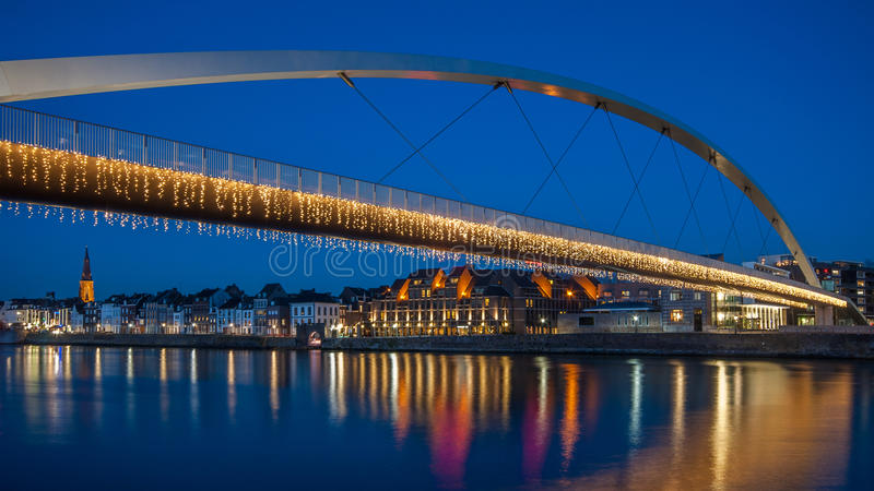 Hoge Brug em Maastricht, os Países Baixos fotografia de stock royalty free