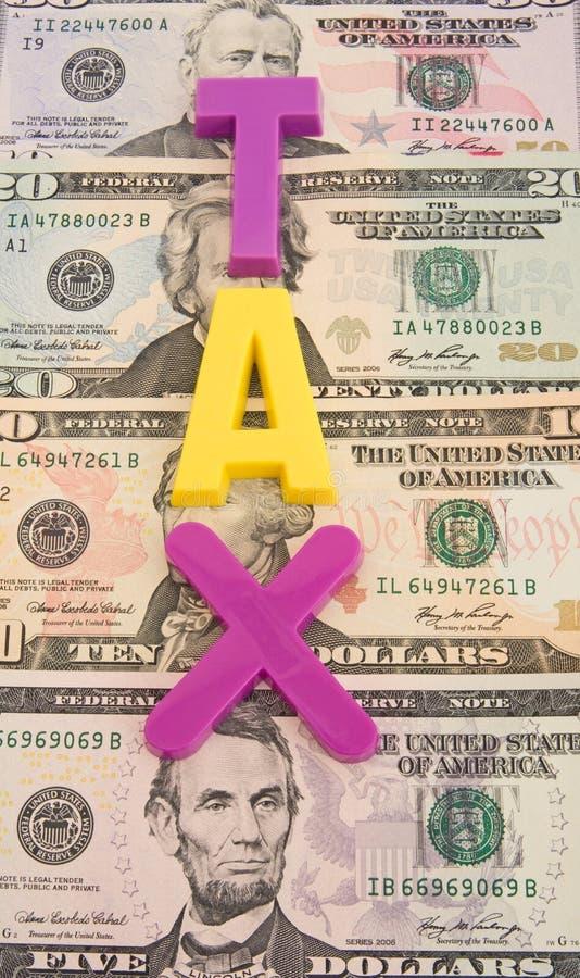 Hoge en het toenemen belastingen. stock afbeelding