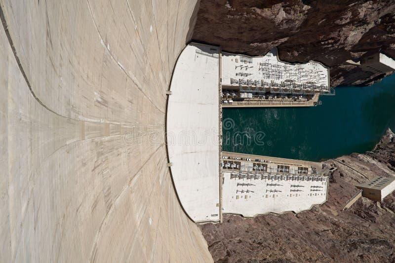 Hoge Hoekmening van Hoover-Dam op de Rivier van Colorado stock foto's