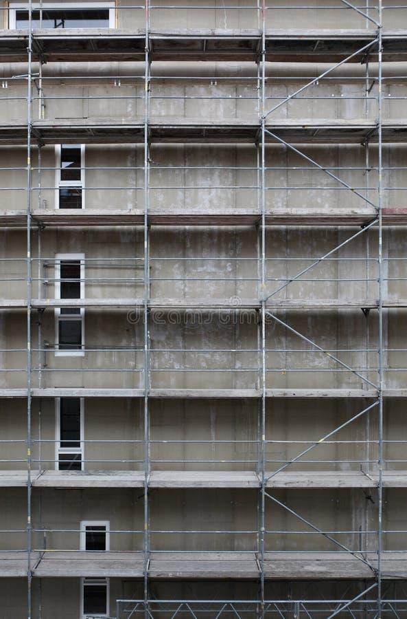 Download Hoge Stijging Die In Aanbouw Bouwen Stock Foto - Afbeelding bestaande uit woonplaats, building: 39101688