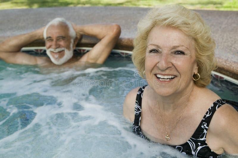 Hoger Paar in Heet Tonportret. stock fotografie