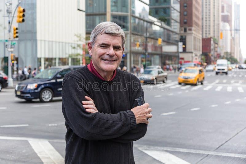 Hogere Mens in New York stock foto's