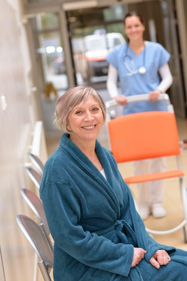 Hogere Patiënt in het Ziekenhuis royalty-vrije stock foto