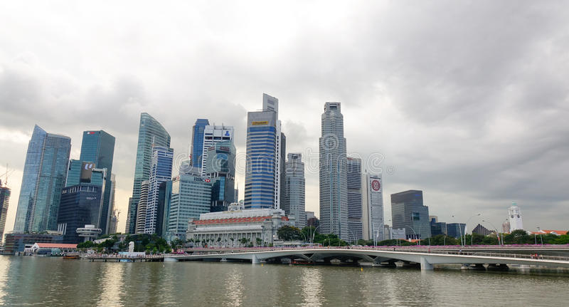 Hohe Gebäude in Singapur lizenzfreies stockbild