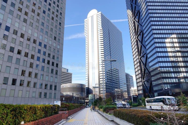 Hohe Gebäude in Tokyo, Japan stockbild