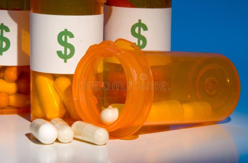 Hohe Kosten der Medikation stockbilder