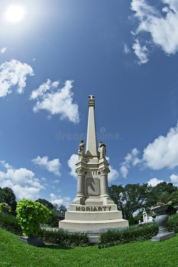 Hohe Monument-Grab-Markierung lizenzfreie stockbilder
