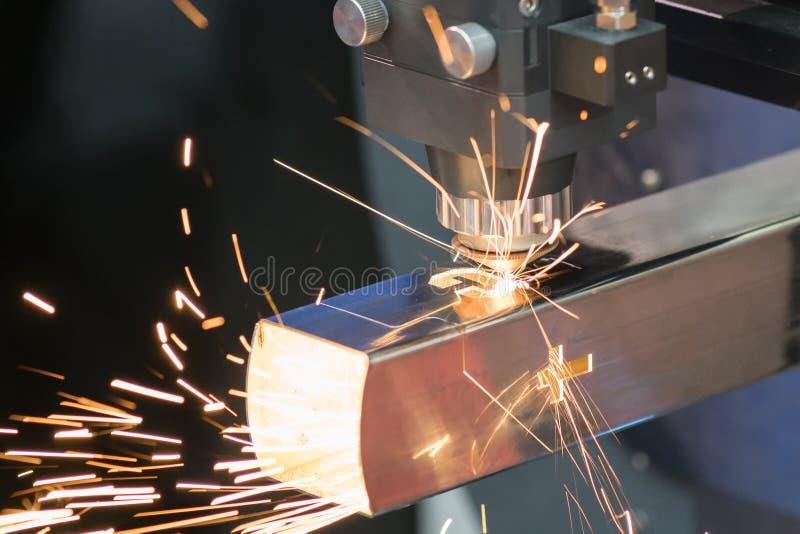 Hohe Präzision CNC-Laser-Schweißensblechtafel lizenzfreies stockbild
