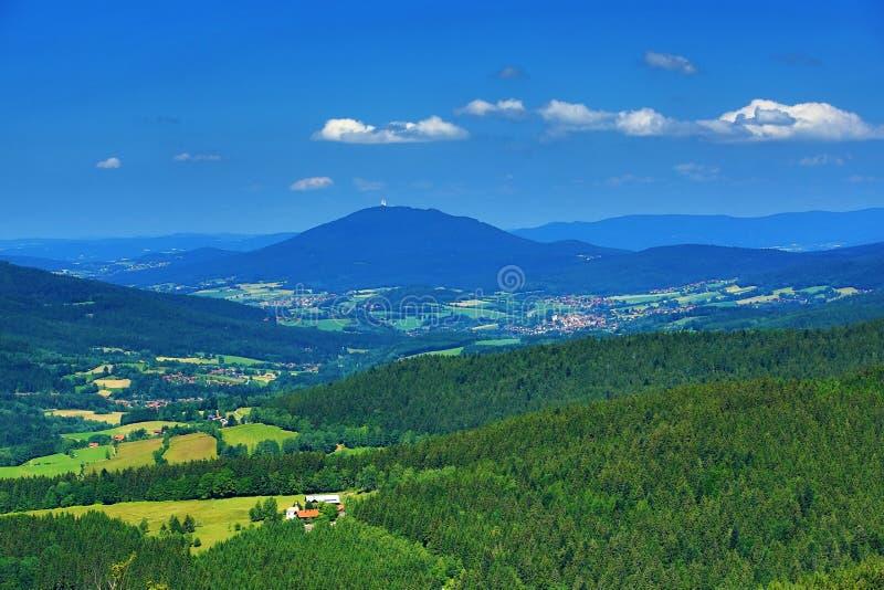Hohen Bogen é uma montanha de Baviera, Alemanha fotos de stock