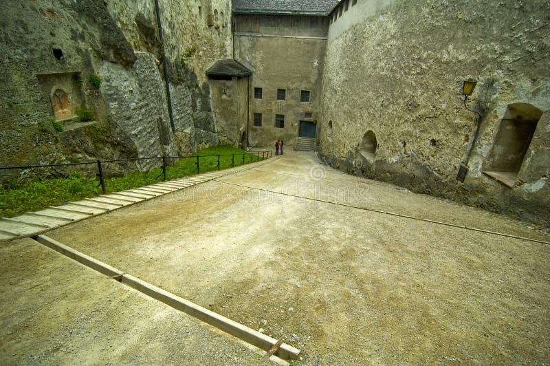 hohensalzburg inom vägen royaltyfri fotografi