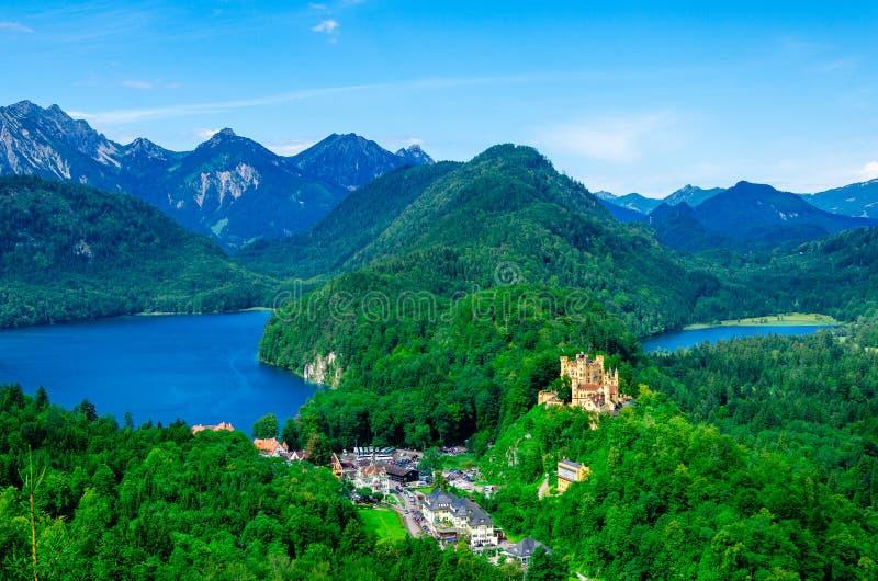 Hohenschwangau-Schloss in den bayerischen Alpen, Deutschland lizenzfreie stockfotografie