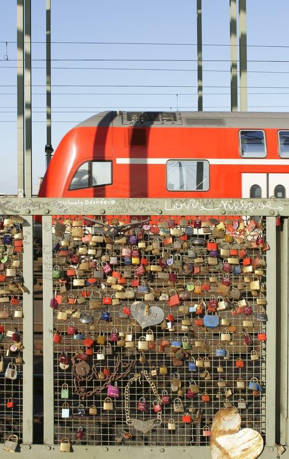 Download Hohenzollern Bridge Cologne Editorial Stock Photo - Image of steel, decker: 38762353