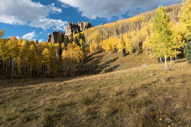 Hoher Mesa Pinnacles in Cimarron-Tal Colorado lizenzfreies stockfoto