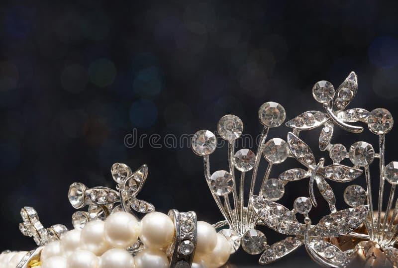 Hoher Wert-Edelstein-Steinzubehör, Gold, Diamant, Rubin, Perle, b lizenzfreies stockfoto