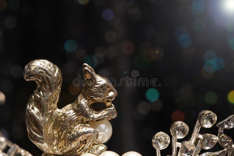 Hoher Wert-Edelstein-Steinzubehör, Gold, Diamant, Rubin, Perle, r stockfotografie