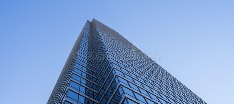 Hohes Bürogebäude lizenzfreie stockfotografie