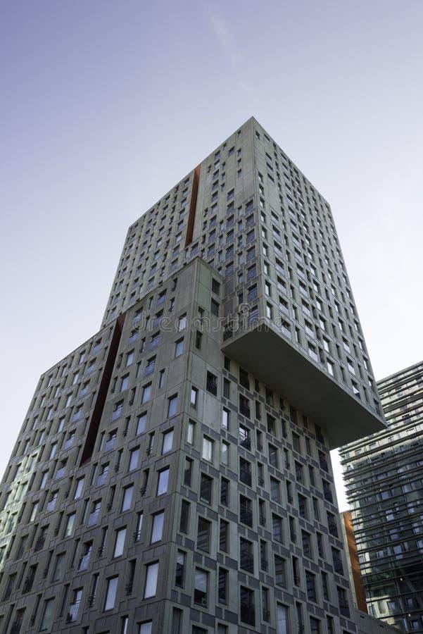 Hohes errichtendes Rotterdam stockfoto