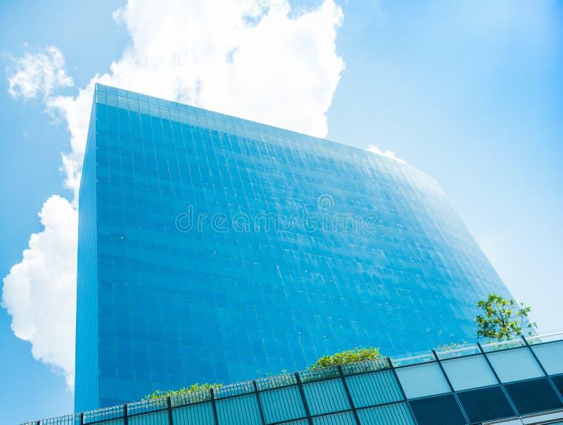 Hohes Gebäude in der Mäuseansicht lizenzfreies stockfoto