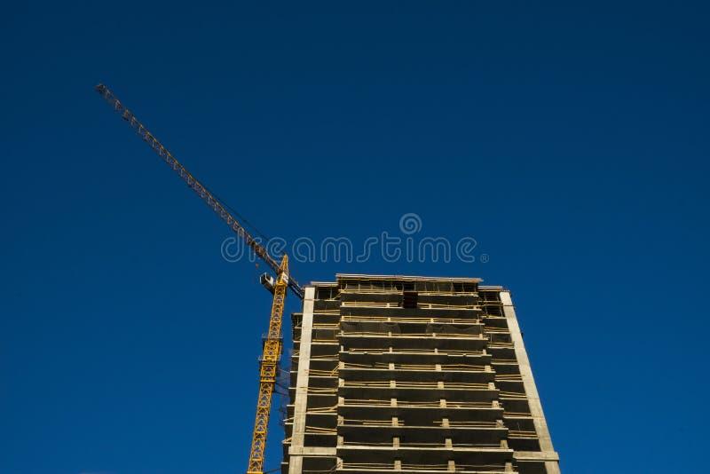 Hohes Gebäude im Bau stockfotografie