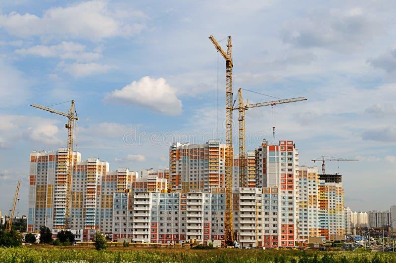 Hohes Gebäude im Bau lizenzfreie stockfotografie