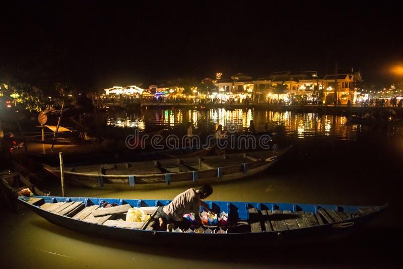Hoi An - a cidade de lanternas chinesas imagens de stock