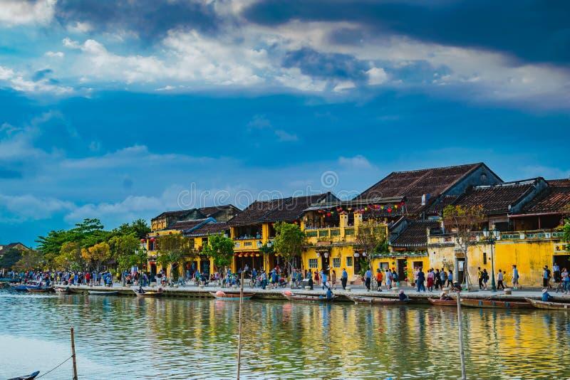 HOI, VIETNAM - MAART 17, 2017: Mening over de oude stad van Hoi An Vietnam Unesco World-Erfenisplaats stock fotografie
