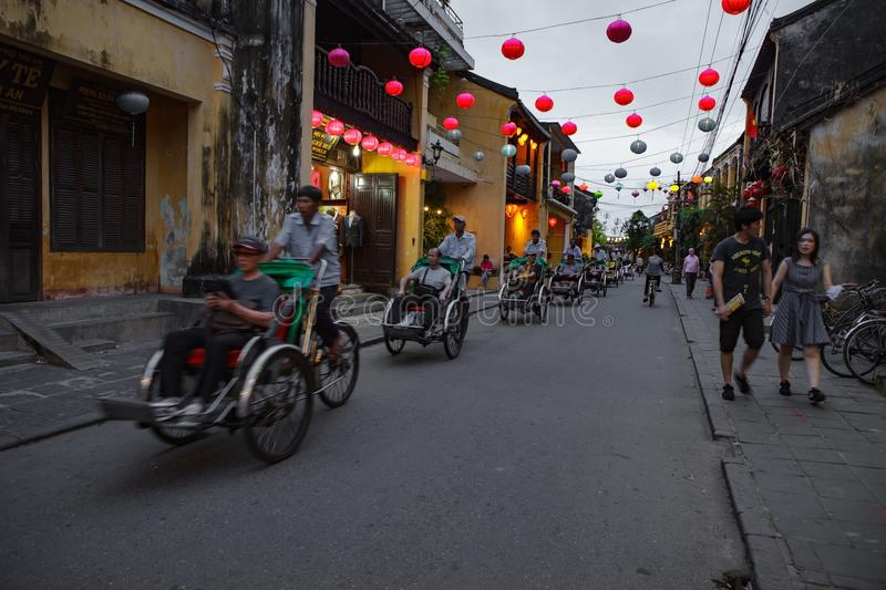 HOI AN, VIETNAM - MARCH 15, 2017: Group of people travel Hoian old town, ancient house, country heritage stock photos