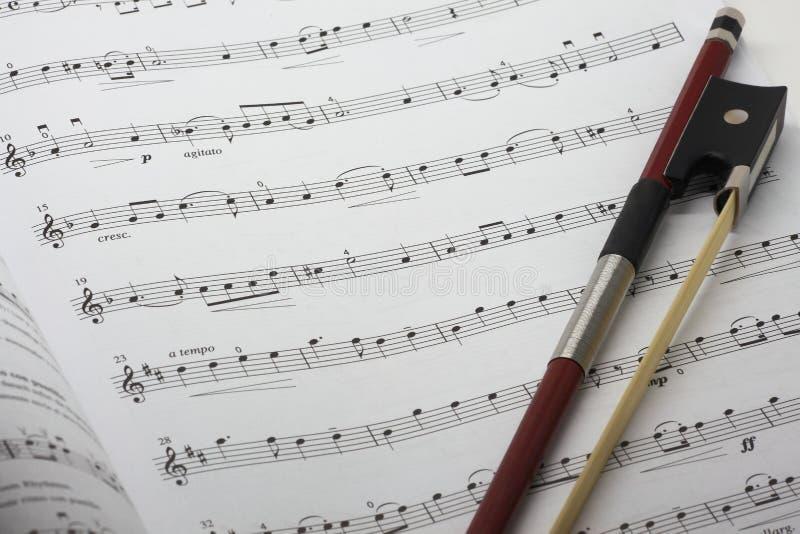 Hoja de música del violín imagen de archivo