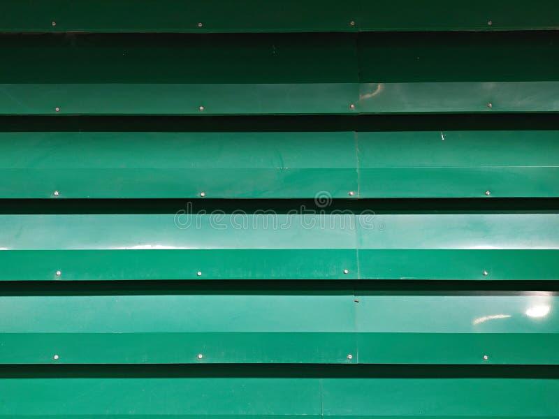 Hoja de metal verde del cinc imagenes de archivo