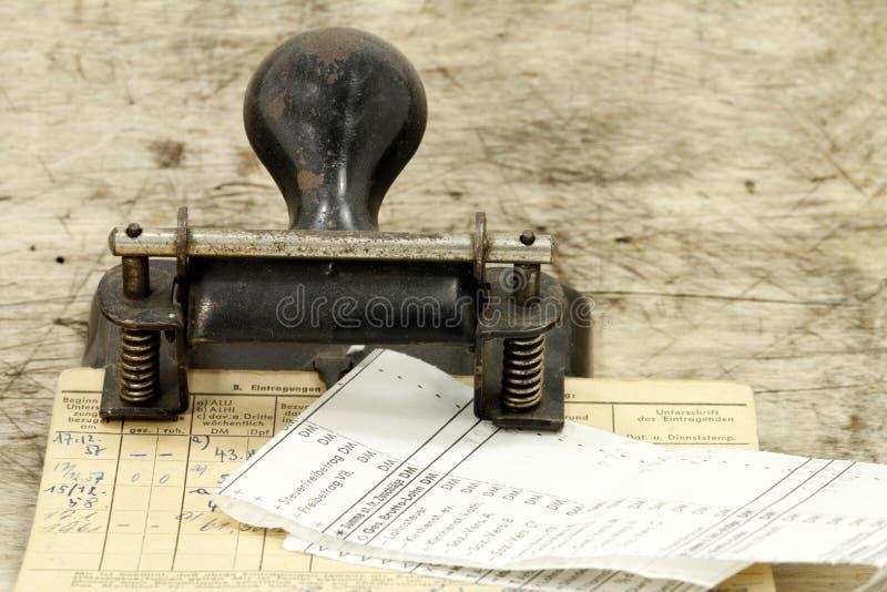 Hojas de paga imagenes de archivo
