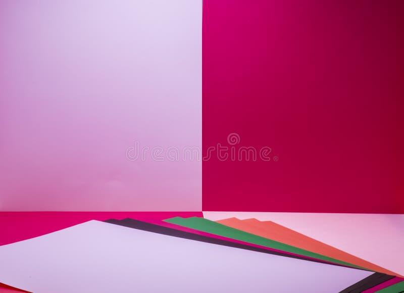 hojas de papel coloreadas imagen de archivo