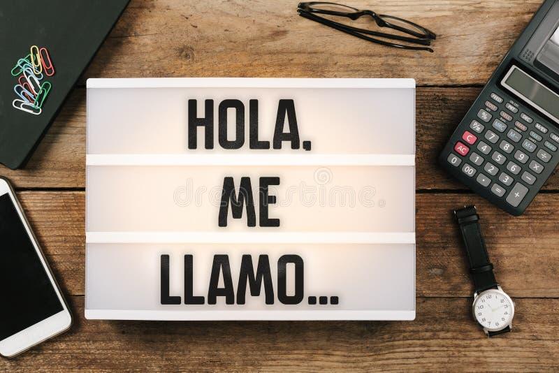 Hola, я llamo…, испанский текст для здравствуйте!, мое имя стоковые изображения