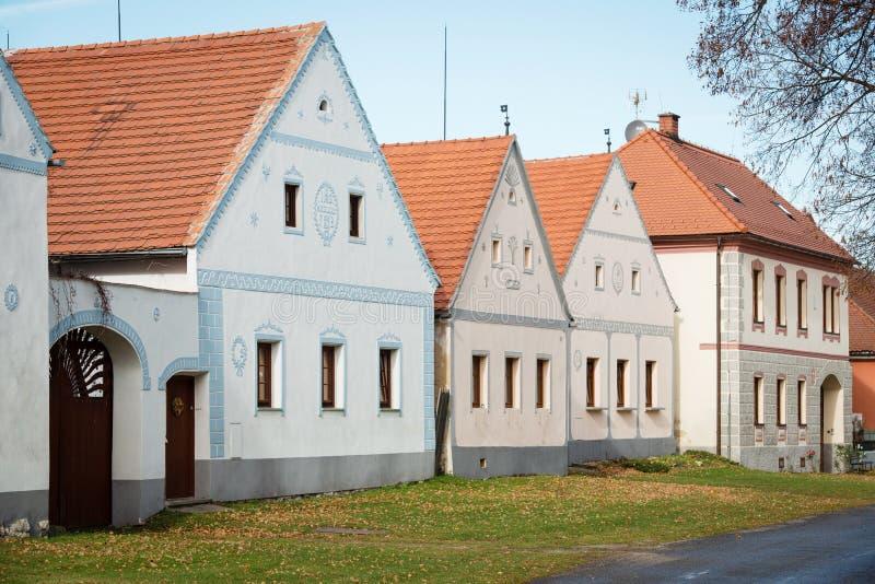 Holasovice - lantlig vilage i den tjeckiska republiken arkivbild