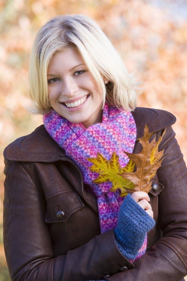 holding leaf walk woman young στοκ εικόνες