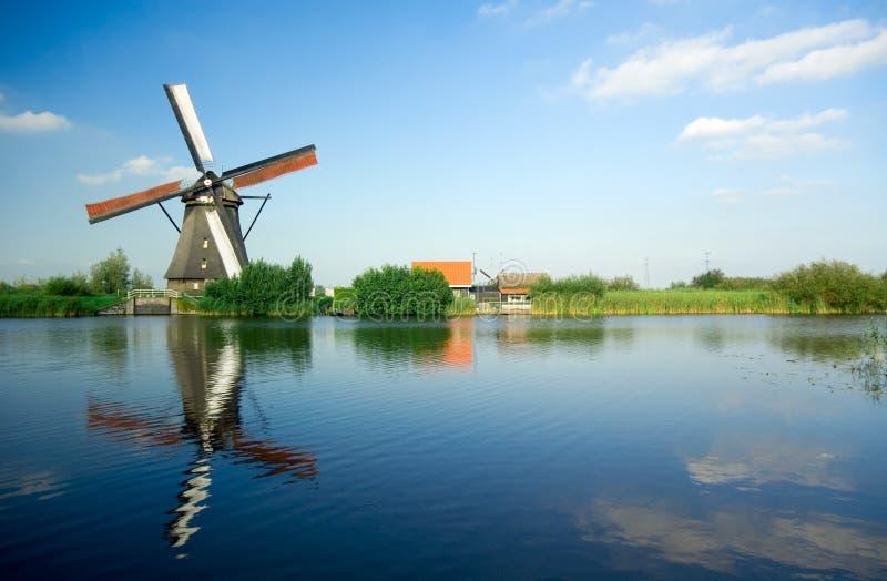 holenderski windmill piękna zdjęcie royalty free