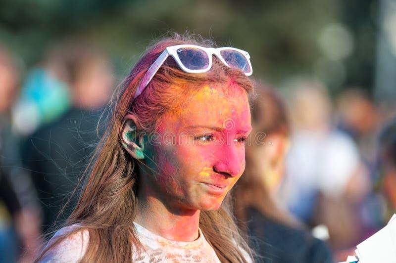 holi节日的青年人  免版税库存图片