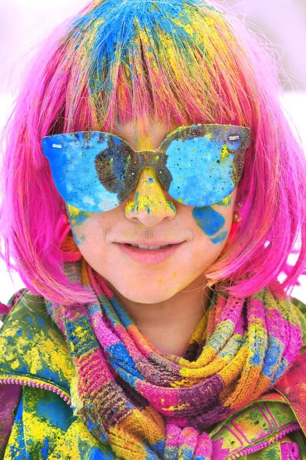 Holi портрета девушки красит крупный план стоковая фотография rf