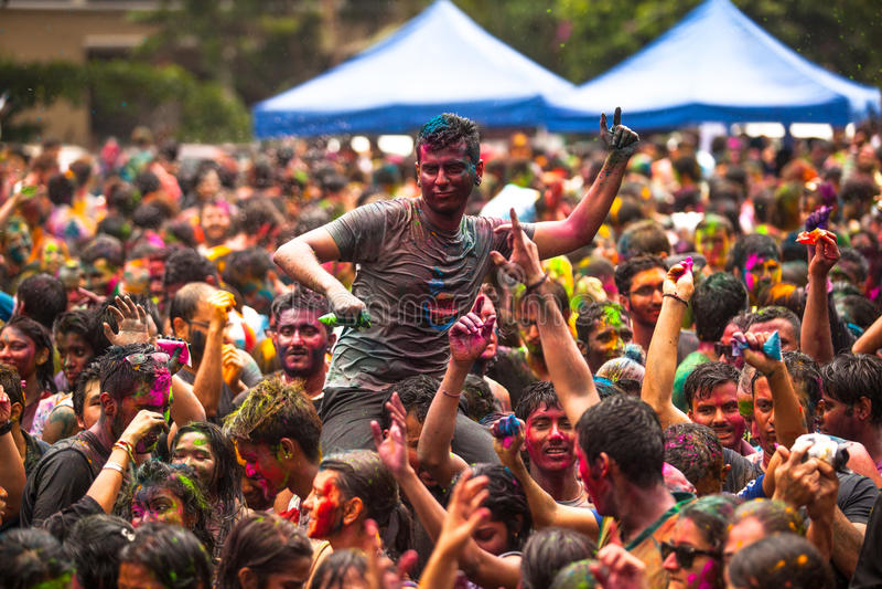Holi festival av färger i Kuala Lumpur, Malaysia royaltyfri bild