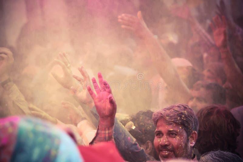 Download Holi w barsana obraz editorial. Obraz złożonej z feston - 53789905