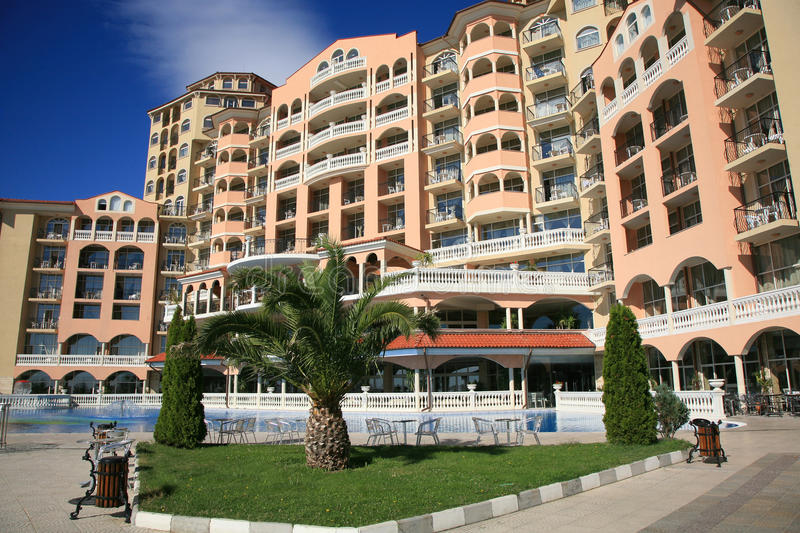 Download Holiday resort stock image. Image of pool, sunny, building - 33998309