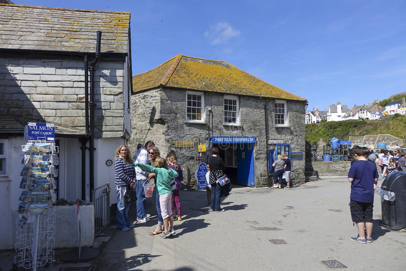 Holidaymakers in Port Issac hot sunny summers afternoon royalty free stock image