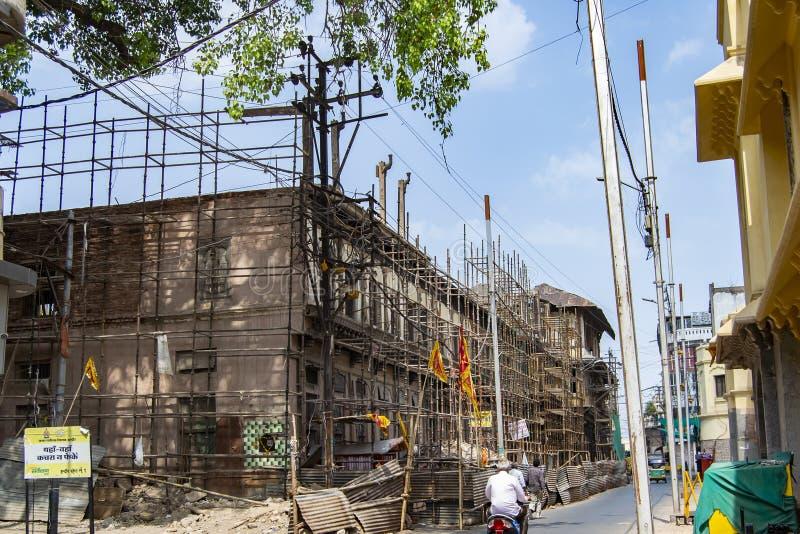 Holkar era Gopal Mandir eller Gopal Temple under återställandearbete royaltyfri bild