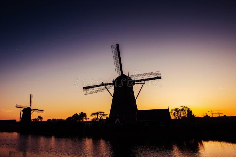 Holländare maler vid natten Holland Netherlands Carpathian Ukraina, Europa royaltyfri foto