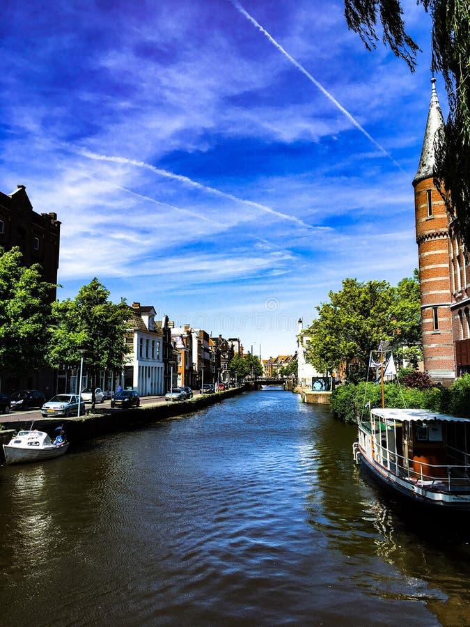 Holländer-Groningen-Kanal lizenzfreie stockbilder
