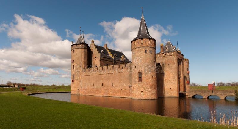 Holländisches Schloss (Muiderslot) lizenzfreie stockfotografie