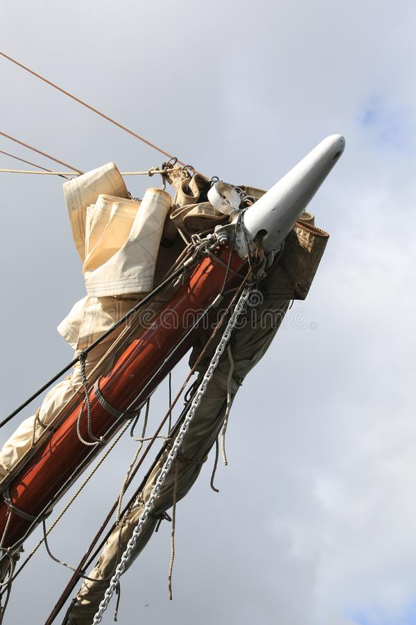 Holländskt seglingskepp Morgenster Bogspröt med riggningcloseupen arkivbild