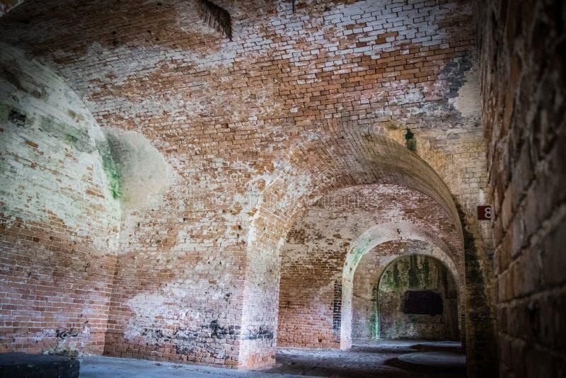 Holle passages binnen Fort Pickens royalty-vrije stock foto's