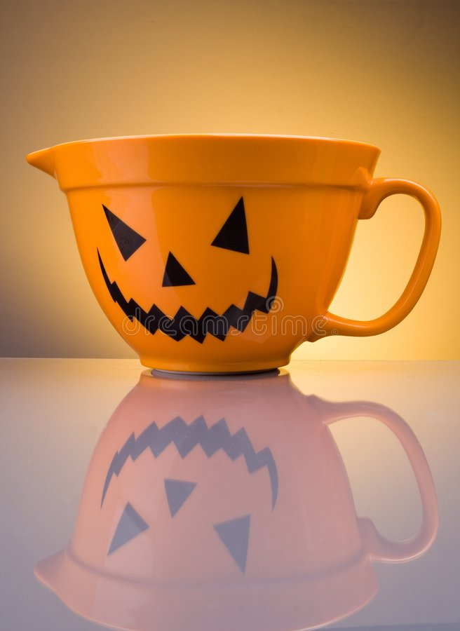 Free Holloween Bowl Royalty Free Stock Photography - 3518577