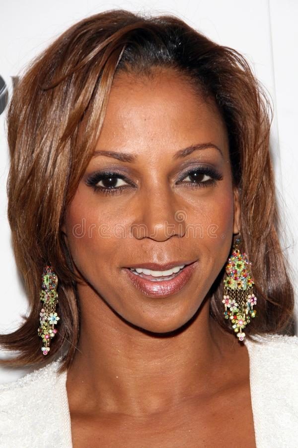 Download Holly Robinson-Peete editorial photography. Image of segal - 24036397
