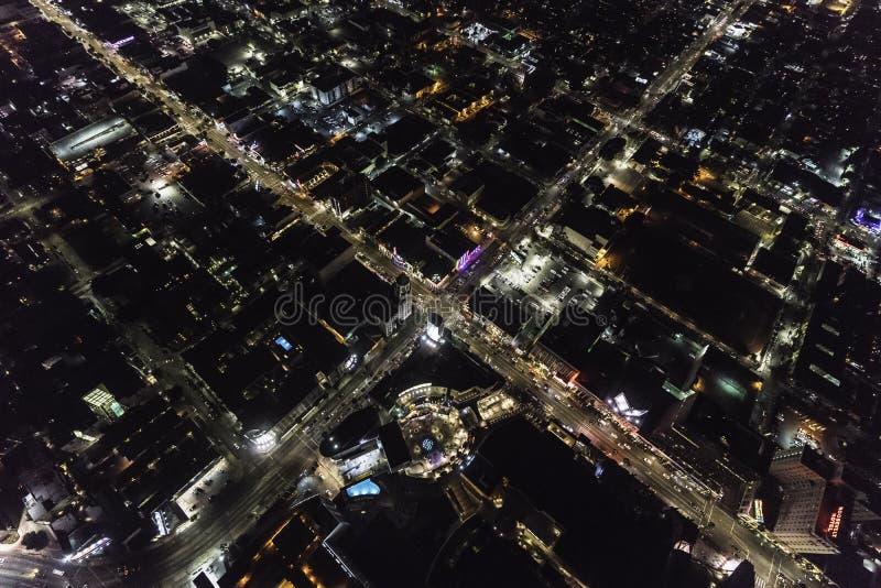 Hollywood Bl przy średniogórza Ave Los Angeles Kalifornia nocy anteną fotografia stock